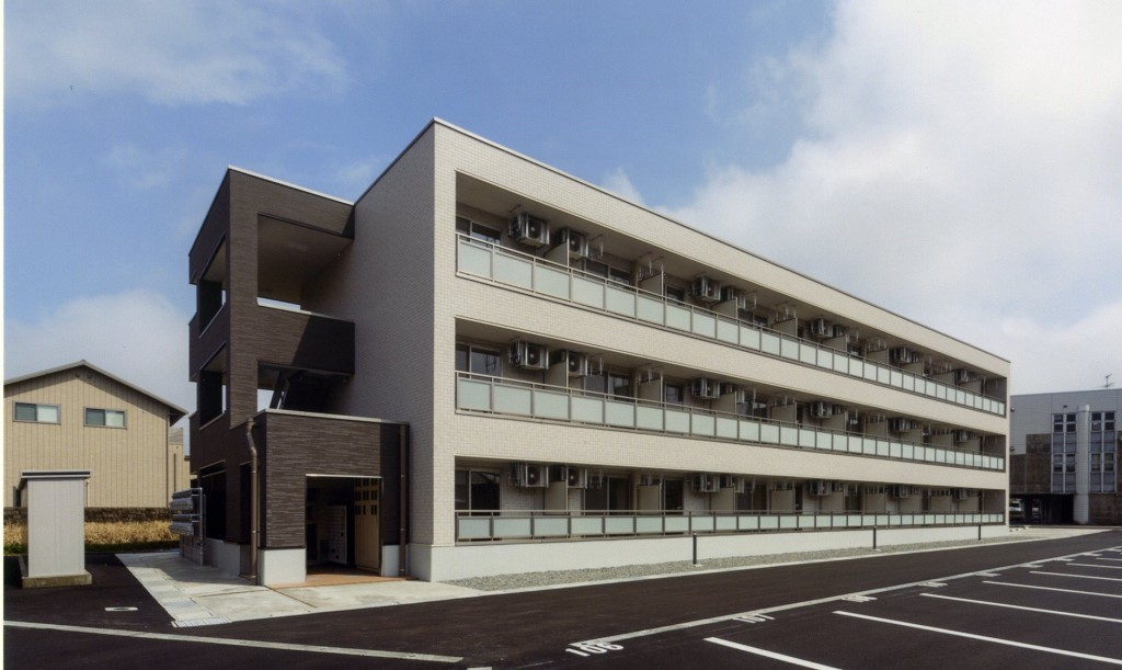 県立中央病院・外観